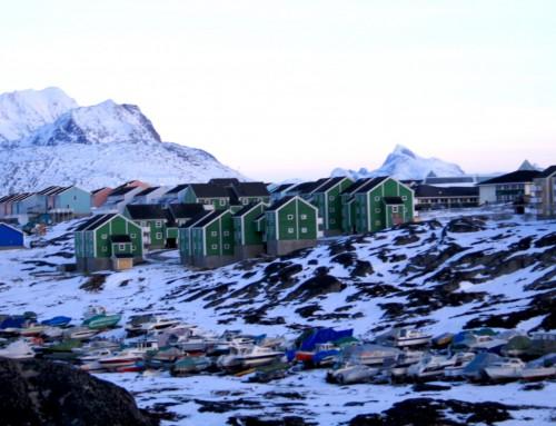 Udvinding af grønlandske råstoffer vækker bekymring på Christiansborg