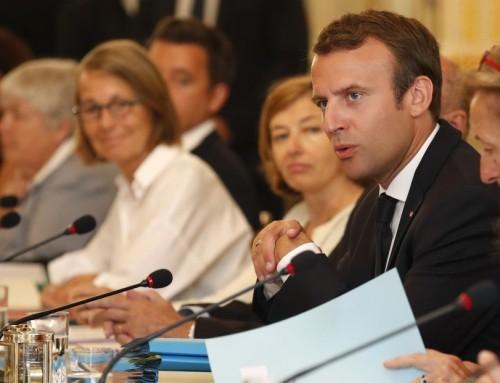 """Emmanuel Macrons """"fløjlsrevolution"""" er i gang"""